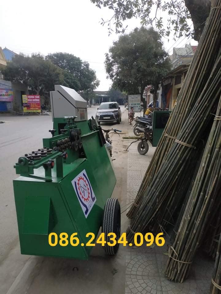 Máy bẻ đai sắt kết hợp bánh xe dễ di chuyển tại Thanh Hóa